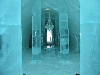 स्वीजन का बर्फ से बना होटल