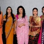 """"""" लड़कियों """" की 42  मज़ेदार बातें !   – Girls Facts in Hindi"""