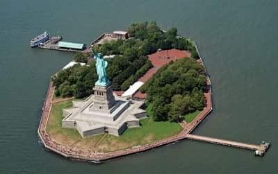 history of statue of liberty in hindi
