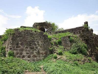 Battle of Chakan in Hindi