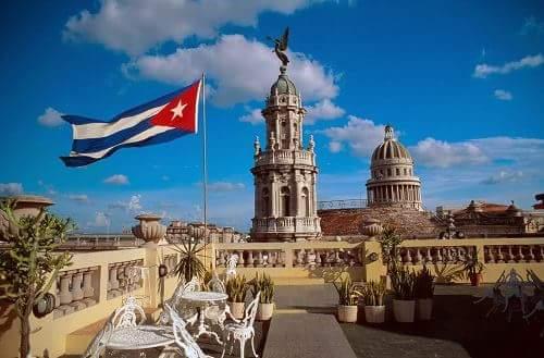 Cuba in Hindi