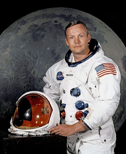 About Neil Armstrong In Hindi