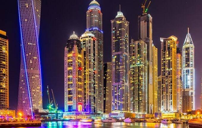Dubai City in Hindi